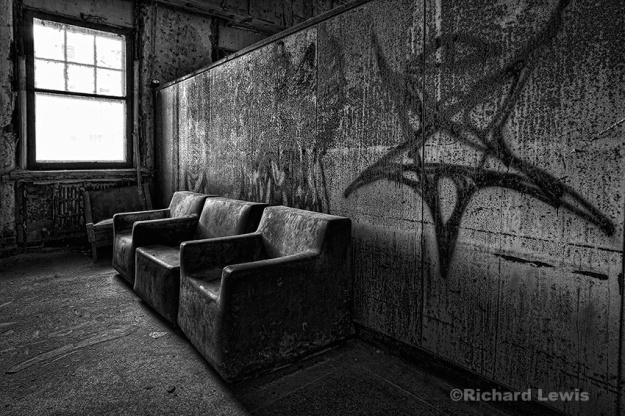 Pennhurst Sitting Area by Richard Lewis