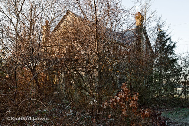Abandoned House On A Frosted Morning by Richard Lewis 2016