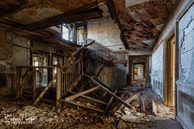 McNeal Mansion Total Devastation by Richard Lewis