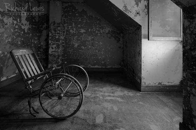 The Wheelchair at Pennhurst by Richard Lewis